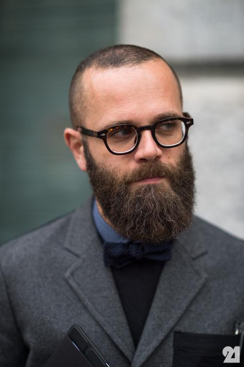 Ordinary beard with bald head